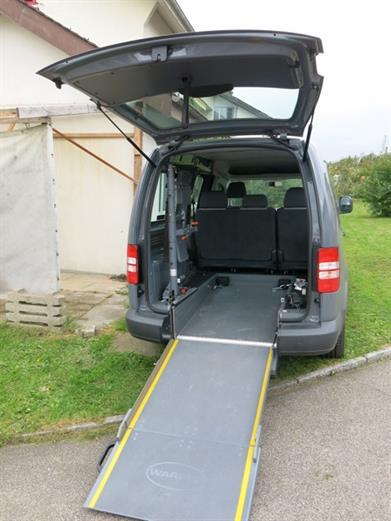 VW Caddy mit rollstuhlgerechtem Umbau